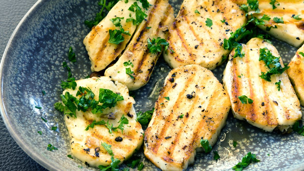 Our love affair with halloumi cheese is ongoing – discover how to cook halloumi