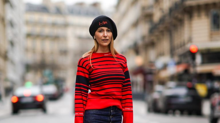 street style influencer wearing a beret