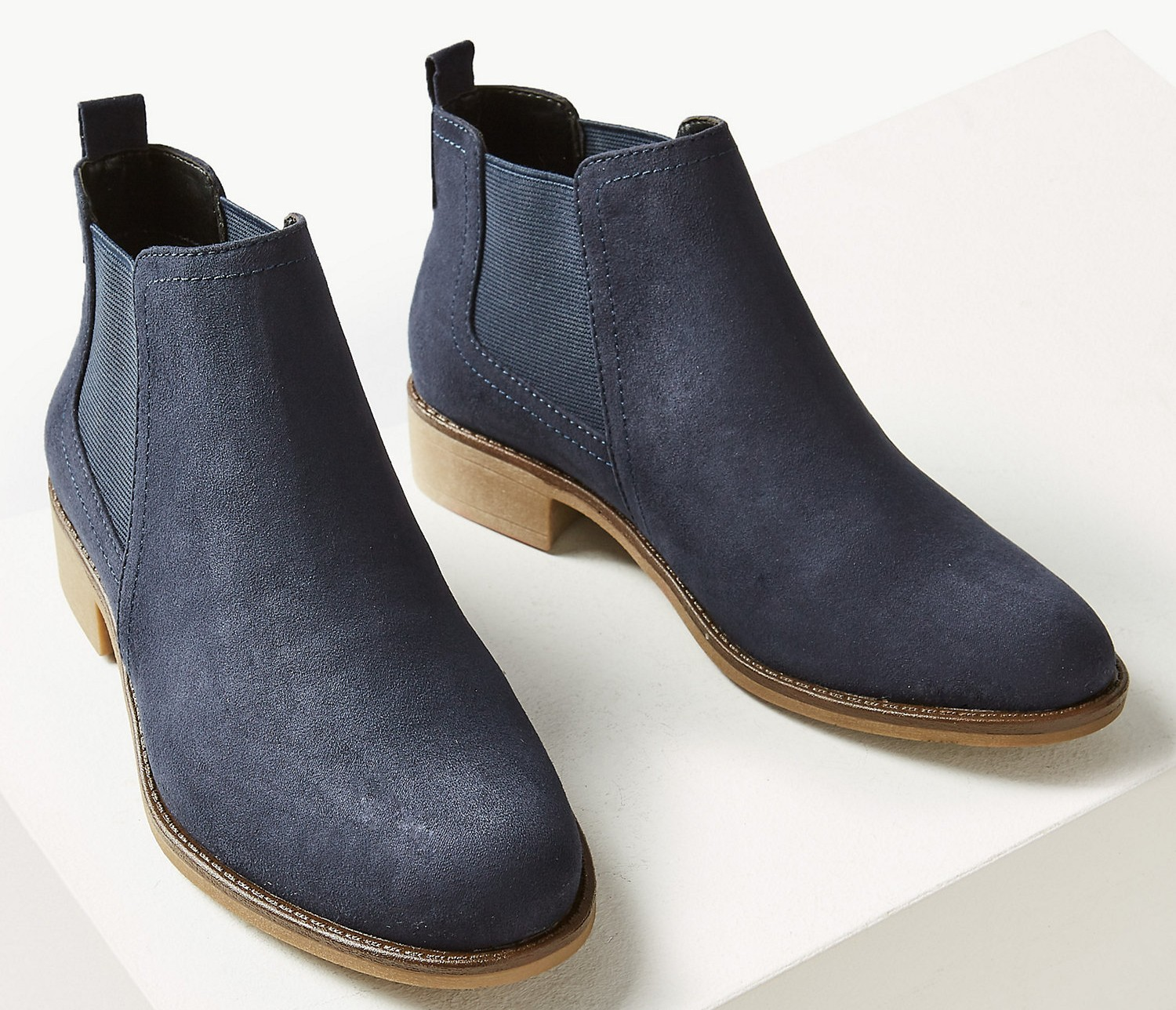 These M\u0026S Chelsea boots are set to sell