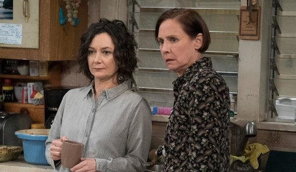 Darlene Jackie Sara Gilbert Laurie Metcalf The Conners ABC