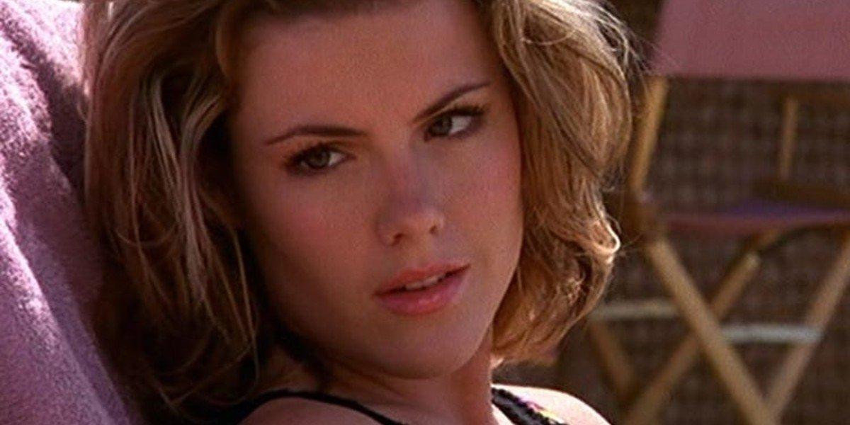 Kathleen Robertson - Beverly Hills 90210