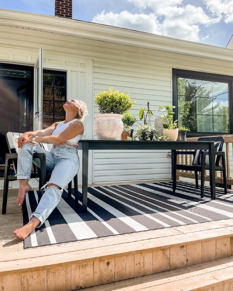 Mik Zazon backyard renovation modern deck