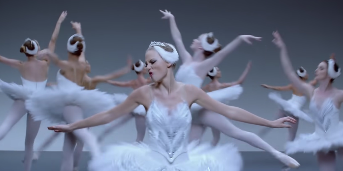 Taylor Swift as a ballerina in Shake it Off music video