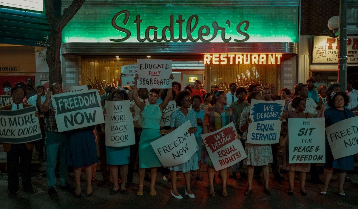 umbrella academy season 2 diner protest