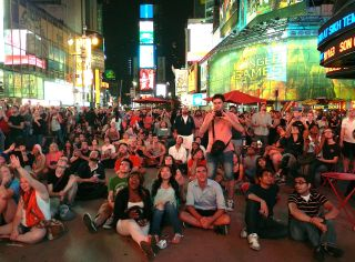 Around 1,000 people watch NASA's Curiosity rover land on Mars from New York City's Times Square on Aug. 5, 2012.