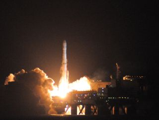 A Sea Launch Zenit 3SL rocket launches the new Intelsat 21 TV satellite into orbit.