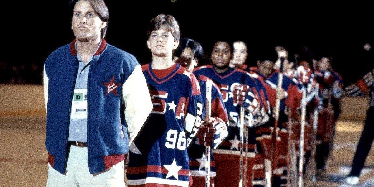 Emilio Estevez, Joshua Jackson, Kenan Thompson, and Marguerite Moreau in The Mighty Ducks