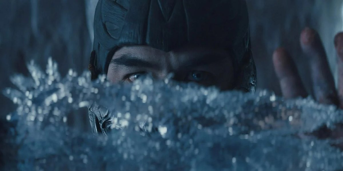 Mortal Kombat Sub Zero creates a piece of ice