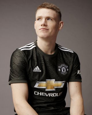 Manchester United unveil new away kit