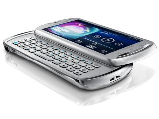 Sony Ericsson Xperia Pro - out in April