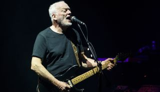 David Gilmour performs at Madison Square Garden in New York City in 2016