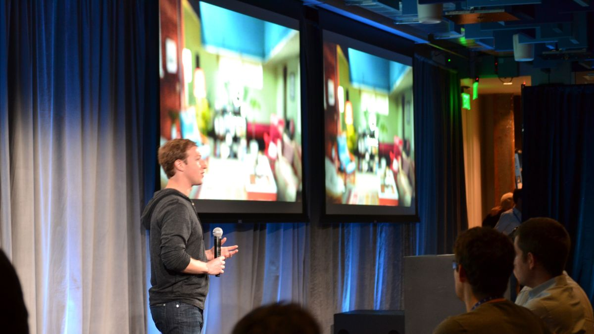 Why Facebook snubbed Apple and iOS with Facebook Home