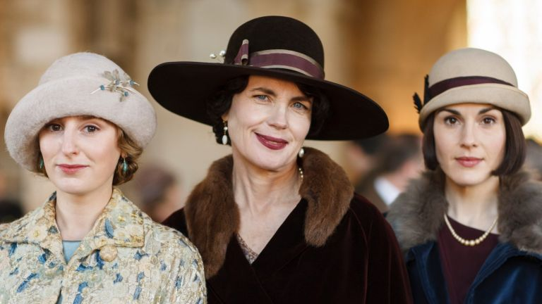 LAURA CARMICHAEL as Lady Edith Crawley, ELIZABETH MCGOVERN as Cora, Countess of Grantham and MICHELLE DOCKERY as Lady Mary Crawley