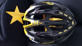 Lance Armstrong / Livestrong Limited Edition Helmet