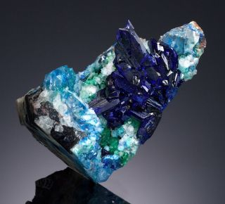 Linarite up for auction