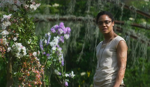 Annihilation Tessa Thompson gives into the shimmer