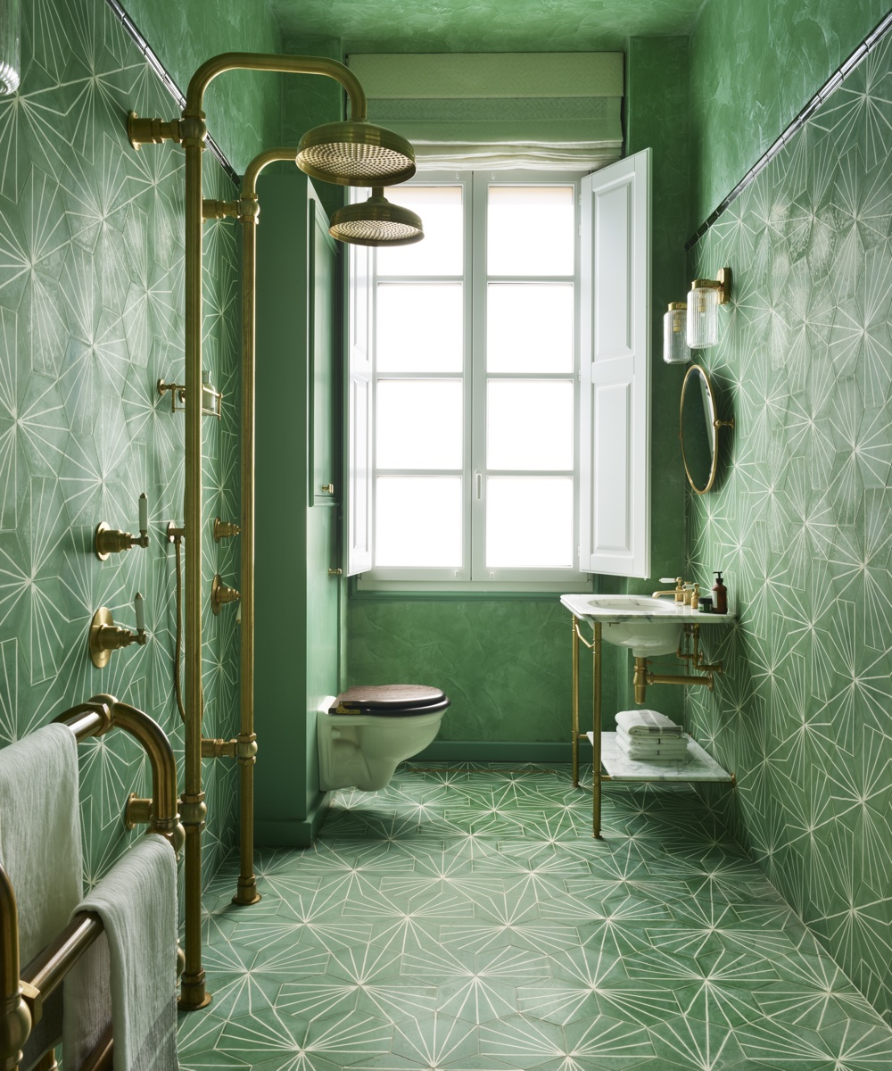 Drummonds Bathroom Is The Star Of This Art Nouveau Apartment Homes Gardens