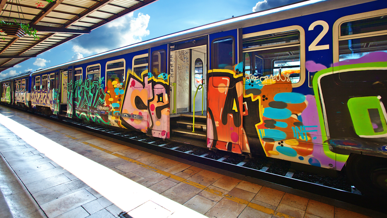 Train company fits anti vandal tech that sniffs out graffiti t3