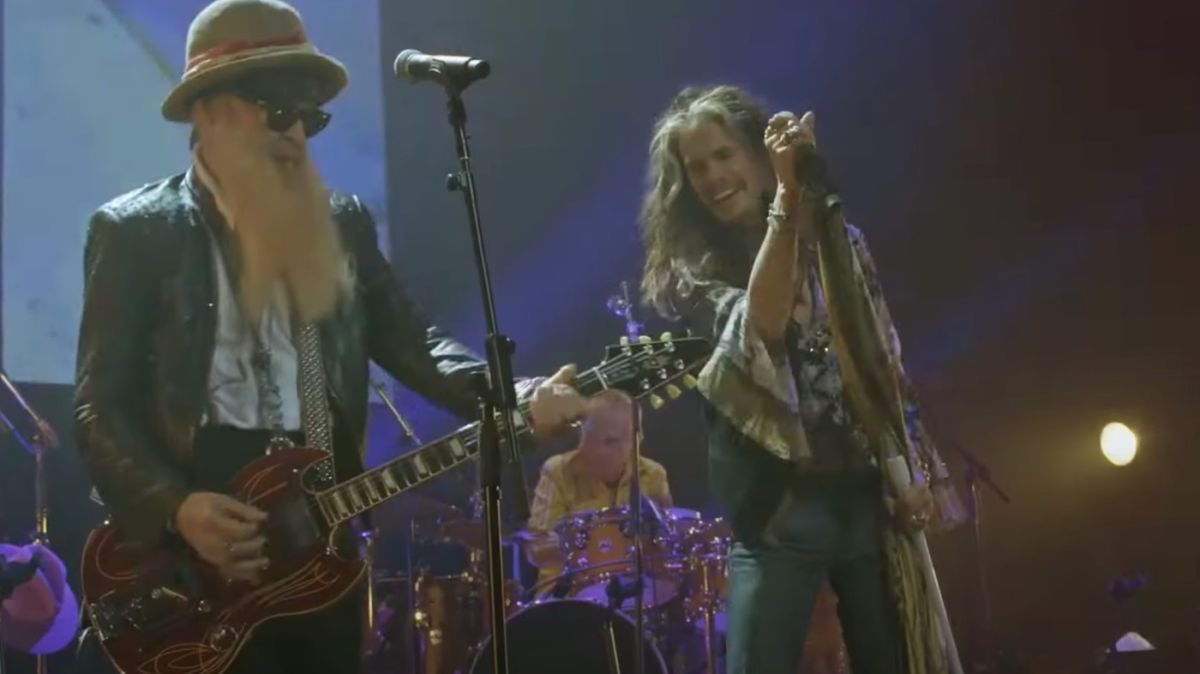 Watch Aerosmith's Steven Tyler and ZZ Top's Billy Gibbons join forces to cover Fleetwood Mac