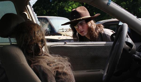 the walking dead 100th episode carl