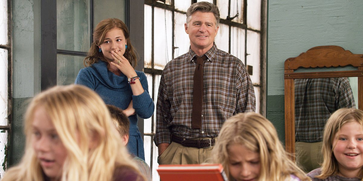 Emily VanCamp and Treat Williams in Beyond the Blackboard