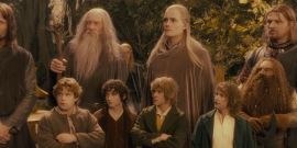 Amazon's Lord Of The Rings Star Reveals Truly Weird Behind-The-Scenes Detail