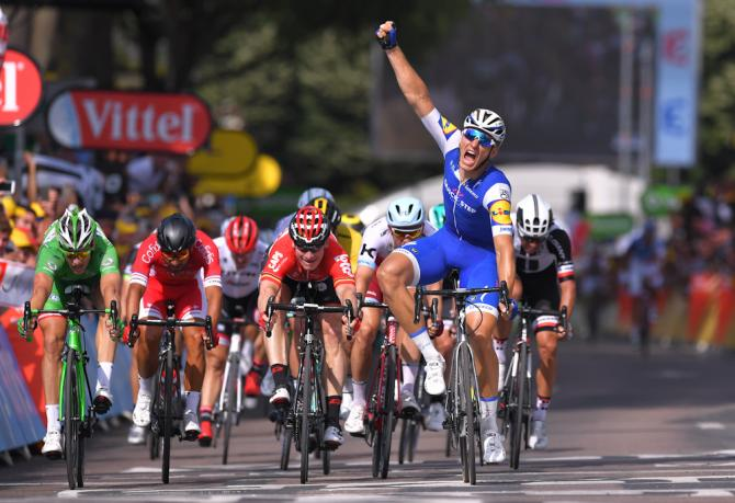 Marcel Kittel wins stage 6 at the Tour de France