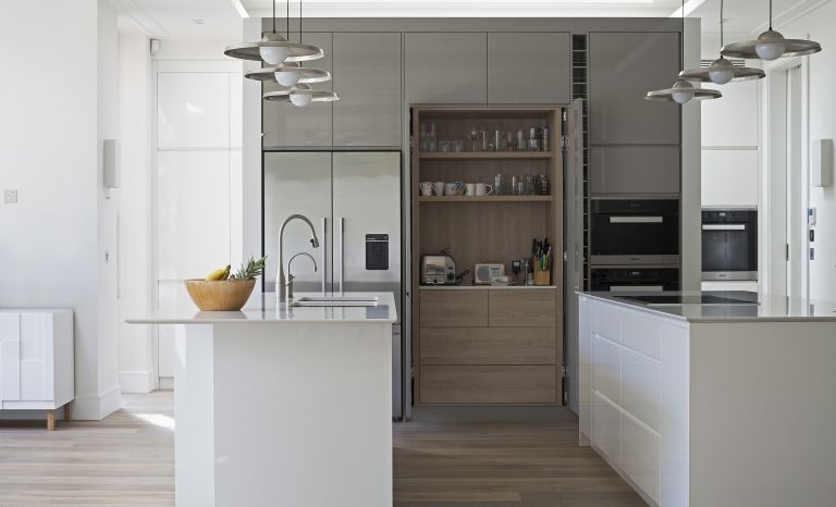 Kitchen cabinet ideas: a contemporary grey kitchen with kitchen island