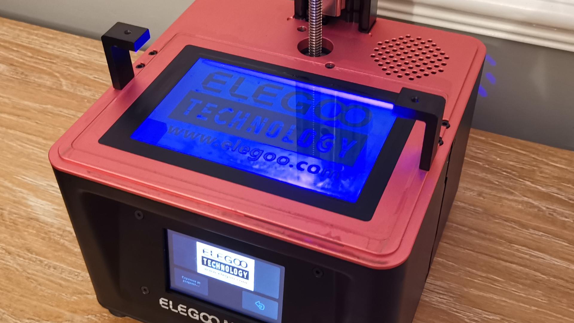 LED screen of the Elegoo Mars 2 Pro