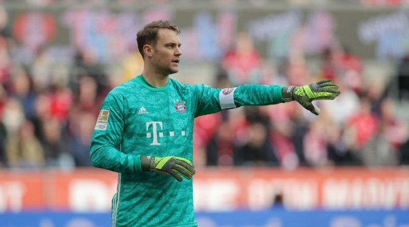 Chelsea considering shock move for Bayern Munich's Manuel Neuer