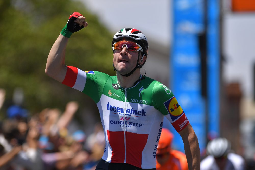 Elia Viviani wins Tour Down Under stage one after superb late sprint