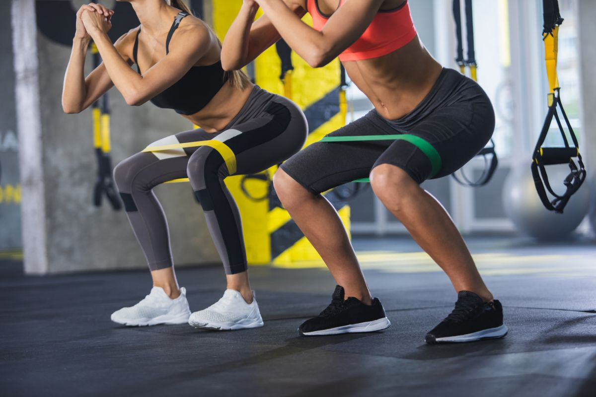 2 Teens Hospitalized with Kidney Damage After Doing 1,000 Squats Apiece