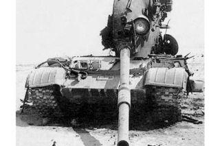 Iraqi T-62 destroyed during Gulf War