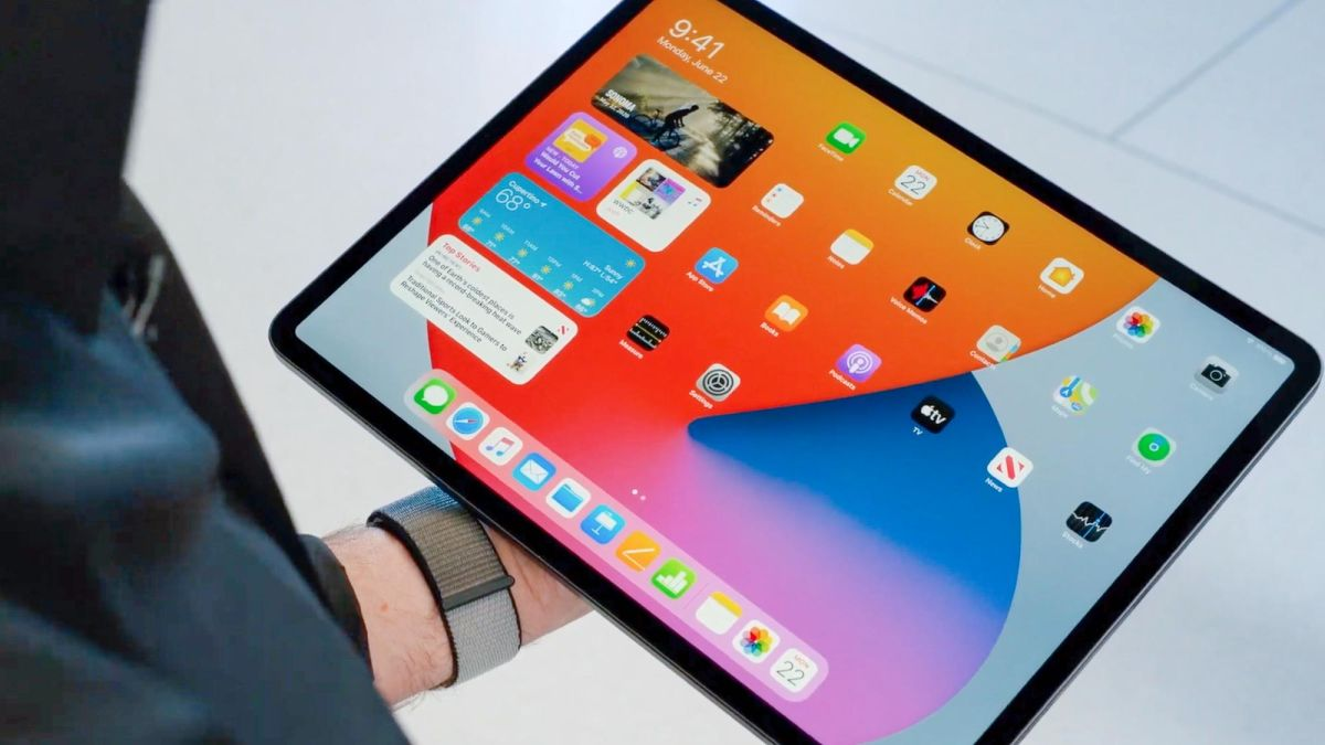 iOS 14 vs. iPadOS 14: The biggest iPhone features missing on the iPad - Tom's Guide