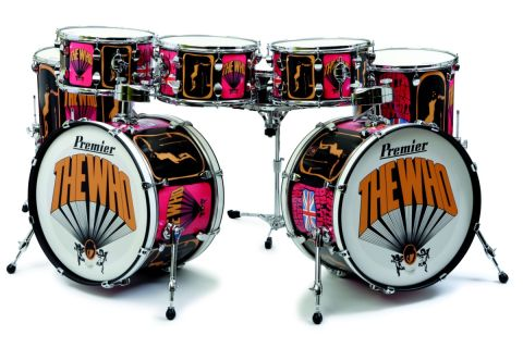 "The kit comprises two 22""x14"" kicks."