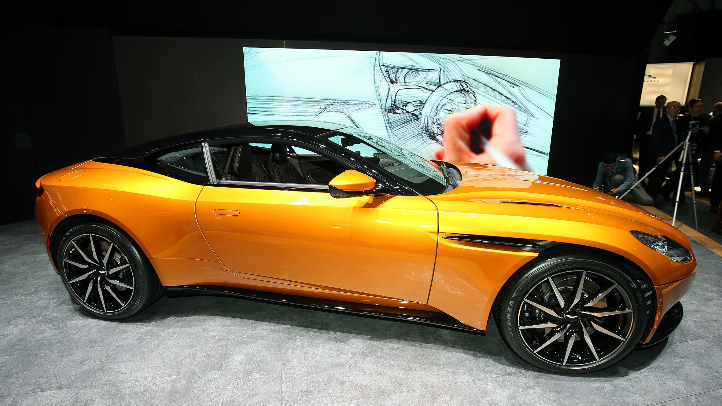 The New Aston Martin DB Its Like Bonds Amazing DB But - Aston martin db 10