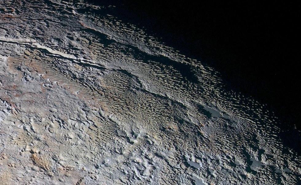 кальгаспоры на Плутоне