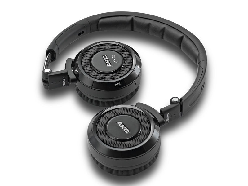 Akg k 830 bt bluetooth® stereo headset with built-in microphone.