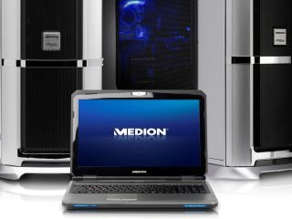 Medion Erazer X6811 puts on its game face