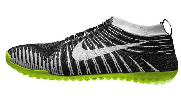 free shipping dc983 3b1fd Nike treads the barefoot path with a new lightweight minimal running shoe
