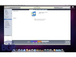 Facebook all cosy with iTunes 9