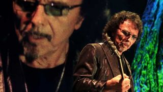 Tony Iommi: new signature on the way, but what exactly?
