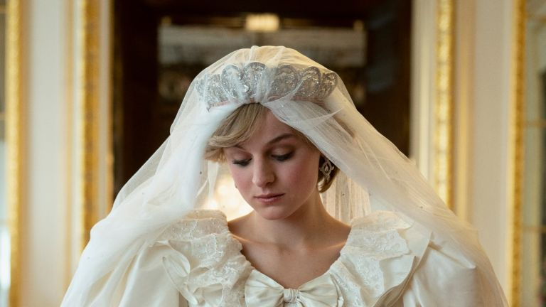 Princess Diana's wedding dress designer has some harsh words for The Crown's writers/Des Willie/Netflix