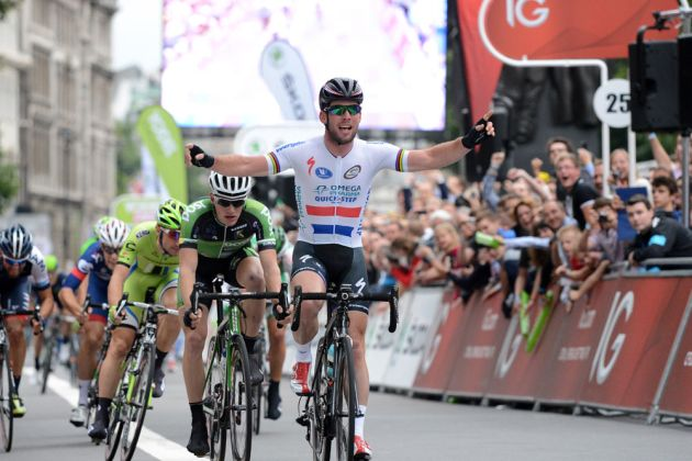 Mark Cavendish wins sprint, Tour of Britain 2013, stage eight