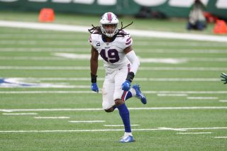 Tremaine Edmunds (49) of the Buffalo Bills during a regular season game (Photo by Allen Kee / ESPN Images)