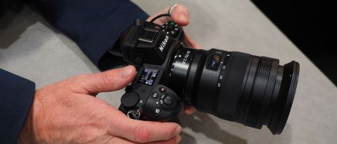 Nikon Z 24-70mm f2.8 S hands on review
