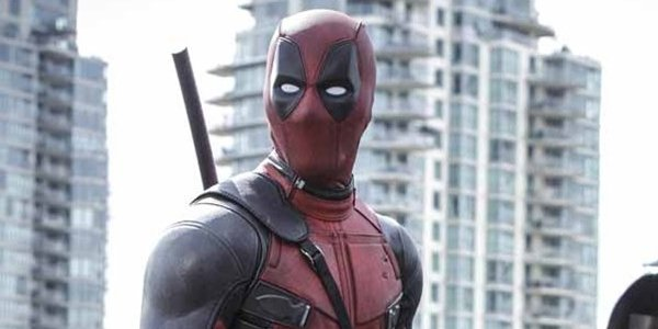 Deadpool Ryan Reynolds Looking Awesome
