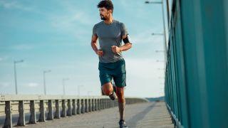 Man running virtual race