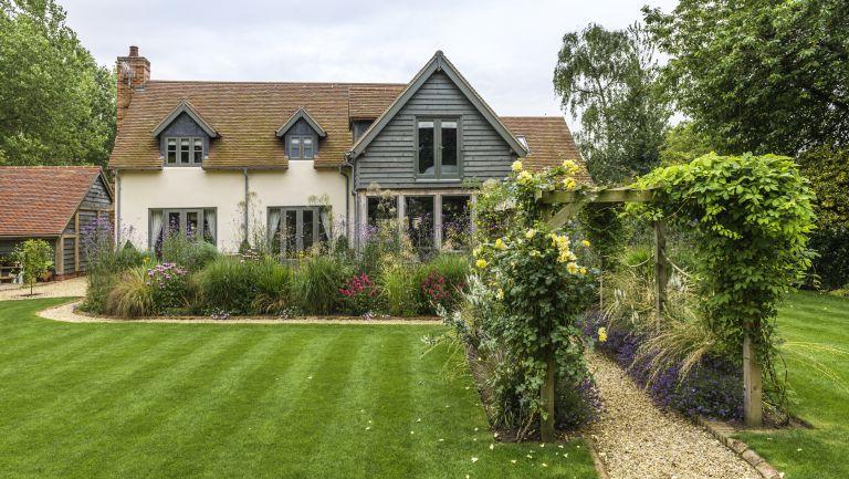 Lincolnshire oak frame house