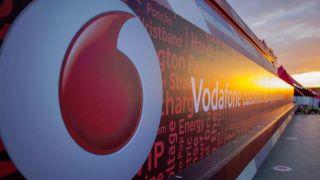Vodafone to rebound into the arms of AT&T following Verizon divorce
